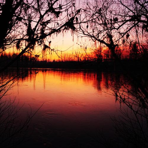 """Aperitivo """"al sacco"""", con un tramonto da favola."""