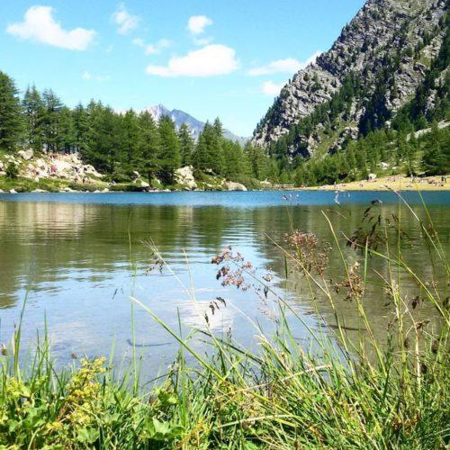 Specchi d'acqua sul Monte Bianco: il Lago d'Arpy